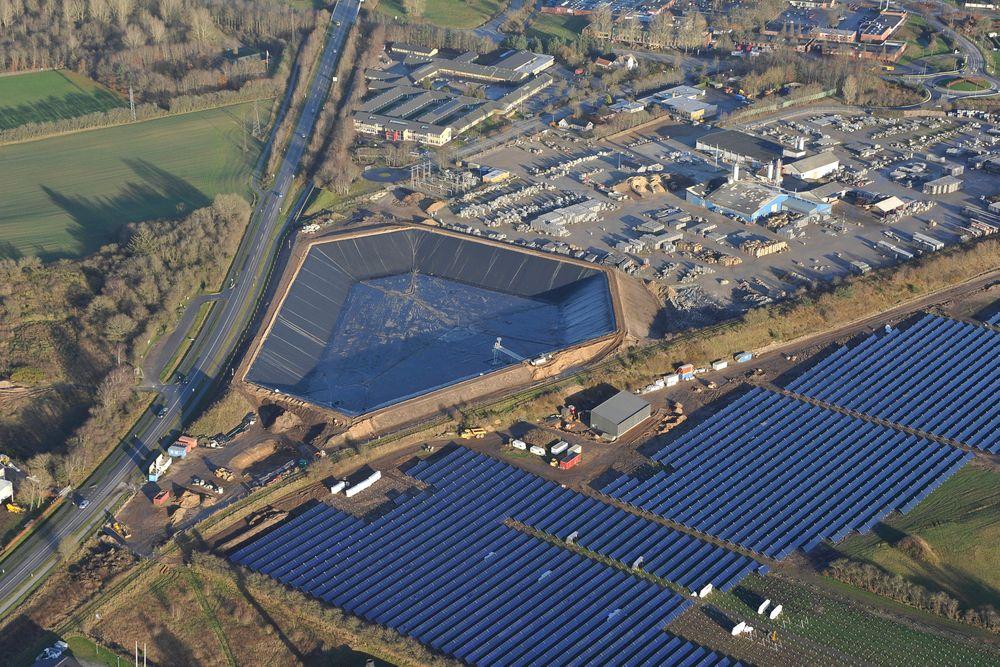 Dette solfangeranlegget i Vojens i Sør-Danmark er verdens største.