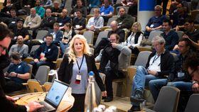 Bente Heggedal, flyoperativ inspektør i Luftfartstilsynet, på dronekonferansen UNC-15.