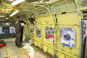 Dette er på innsiden av helikopter nummer to, der sluttmonteringen startet i månedsskiftet juni/juli.
