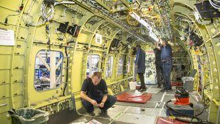 Åtte kilometer kabler er på plass i Norges nye redningshelikopter
