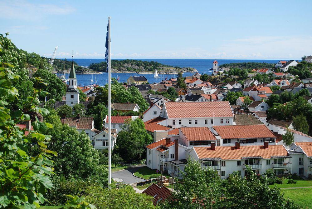 Risør kommune, sørlandsbyen med drøyt 6900 innbyggere, har som de fleste norske kommuner i en lang årrekke slitt medfå nok kompetente søkere til ledige ingeniørstillinger.Det har snudd.