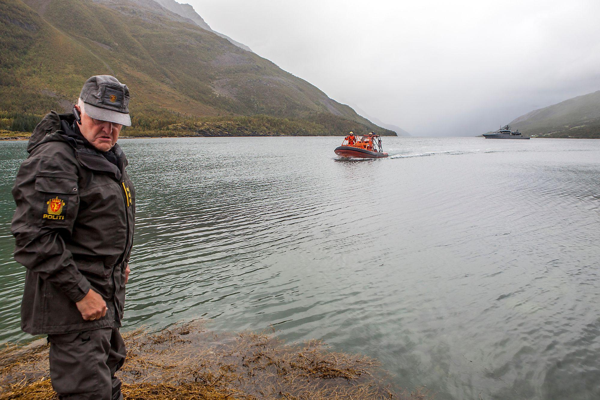Her i Sørfjorden ble det lett etter Per Vålnes med dykkere, ROV og sonar. Vålnes ble ikke funnet her.