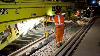 Her bygger toget én kilometer spor om dagen