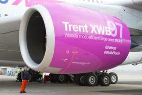 Trent XWB-97 som er montert på A380-testflyet er én av fem testmotorer som brukes i forbindelse med sertifiseringen av den oppgraderte motoren.