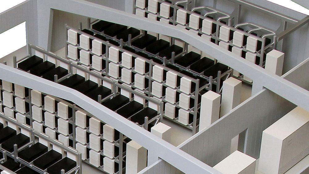 Daimler og andre tyske industriaktører åpner verdens største anlegg for gjenbruk av elbilbatterier, med en kapasitet på 13 megawattimer.