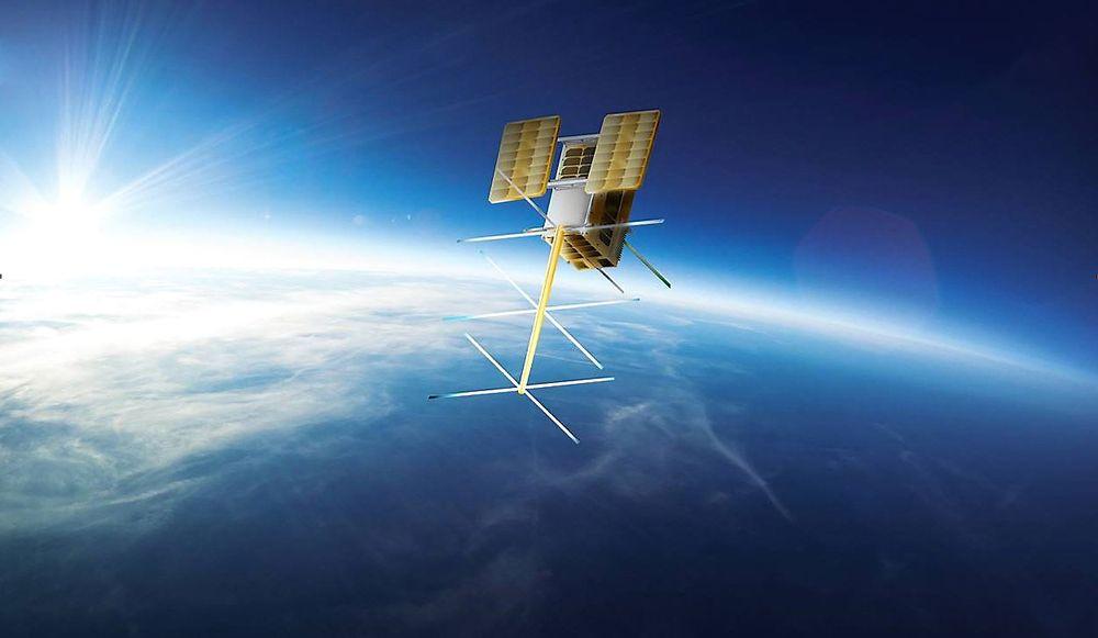 Liten: Små satellitter skal gi oss både god informasjon om fartøyer og toveis kommunikasjon i nordområdene.