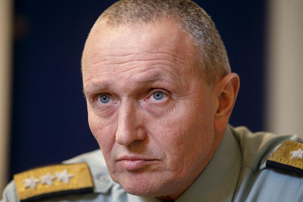 Etterretningssjef Kjell Grandhagen vil ha mulighet til å tappe all tele- og datatrafikk til og fra Norge, blant annet for å kunne avdekke om terroraksjoner er under planlegging.