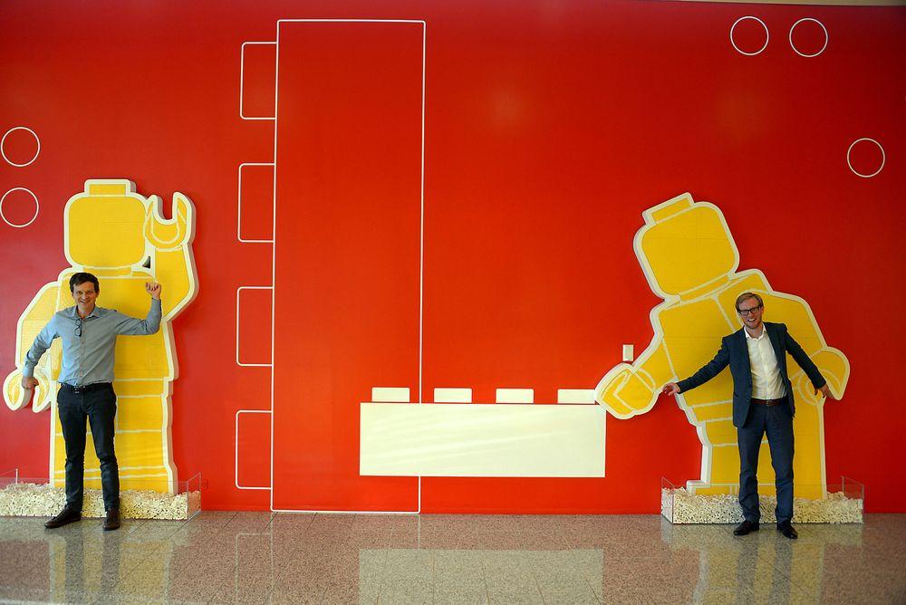 Lego er i gang med å gå bort fra olje i plasten de benytter. Nå skal de ansette 200 nye ingeniører.