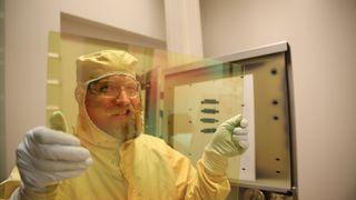 Mislykket solcelle-forskning førte til norskutviklede, smarte vindusglass