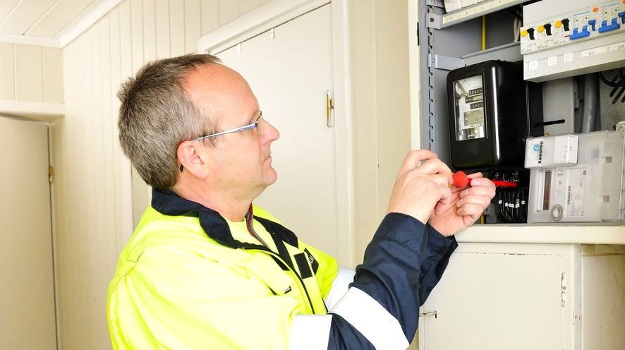 Ringerike-Kraft var tidlig ute med å rulle ut smarte strømmålere hos sine kunder. Nå gjør de god butikk av erfaringene gjennom datterselskapet Ringeriks-Kraft Service. Illustrasjonsbilde.