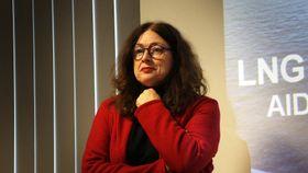 Direktør for bærekraft og miljø i Aida Cruises, Monika Griefahn, mener LNG er viktig for å redusere utslipp fra skipsfart. Vi begynner med LNG. Neste kan bli at vi bruker fornybar biogass, sier hun til TU.
