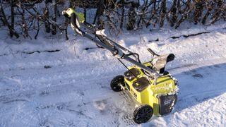 Kan en snøfreser på batteri gjøre jobben?