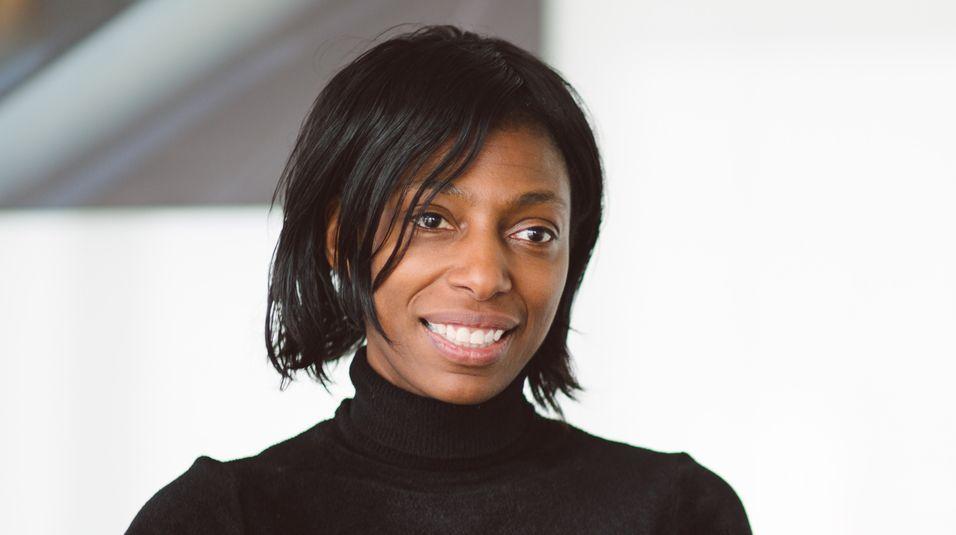 Administrerende direktør Sharon White i den britiske regulatøren Ofcom har tatt initiativ til å opprette en bransjeavtale som skal sikre bedrifter noen av de samme rettighetene som forbrukere når det gjelder kjøp av kommunikasjonstjenester.