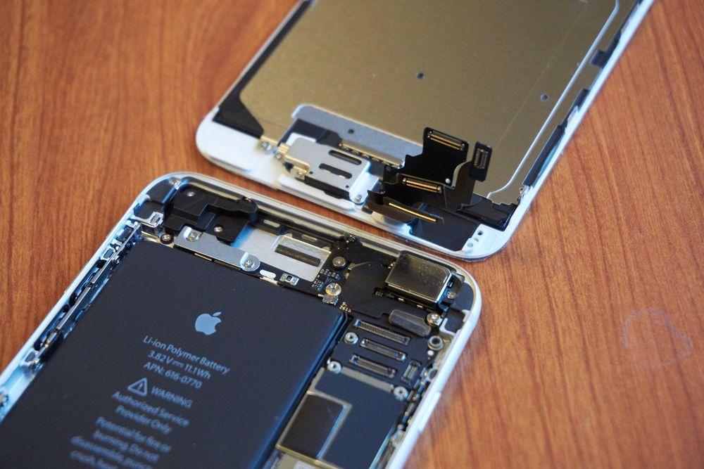 Der! To stykk iPhone-deler – endelig.