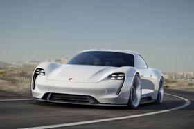 Porsche Mission E er en firedørs, fireseters helelektrisk sportsbil.