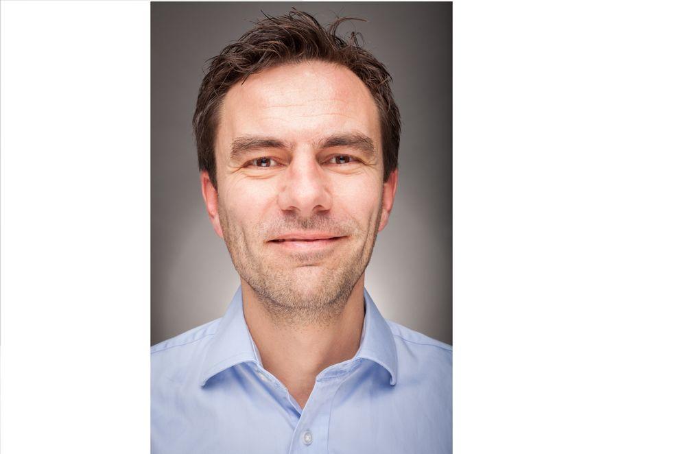 Mads Cesare Johansen, automasjonsingeniør og selger i Omron, Ålesund