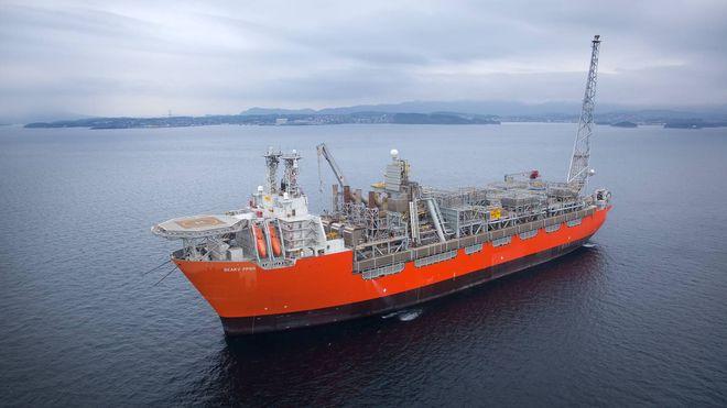 BP kutter ansatte, men oljearbeiderne får bonus