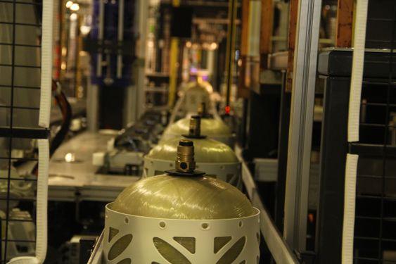 Hexagon Ragasco på Raufoss, er verdens største produsent av propantanker i kompositt. Nå vil selskapet ta markedsandeler fra stål.