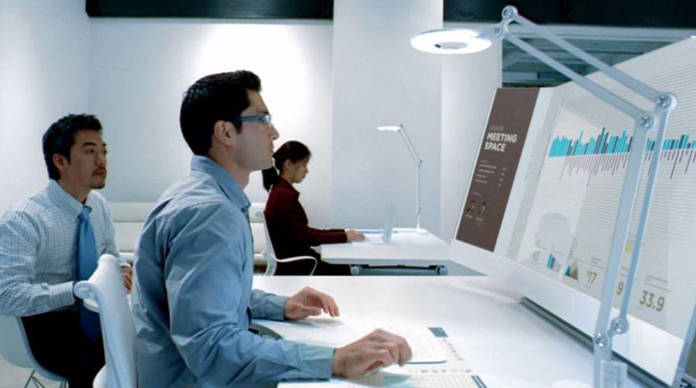 Slik ser Microsoft Office Division for seg at funksjonærer bruker produktivitets- og kommunikasjonsverktøy på kontoret om fem til ti år.