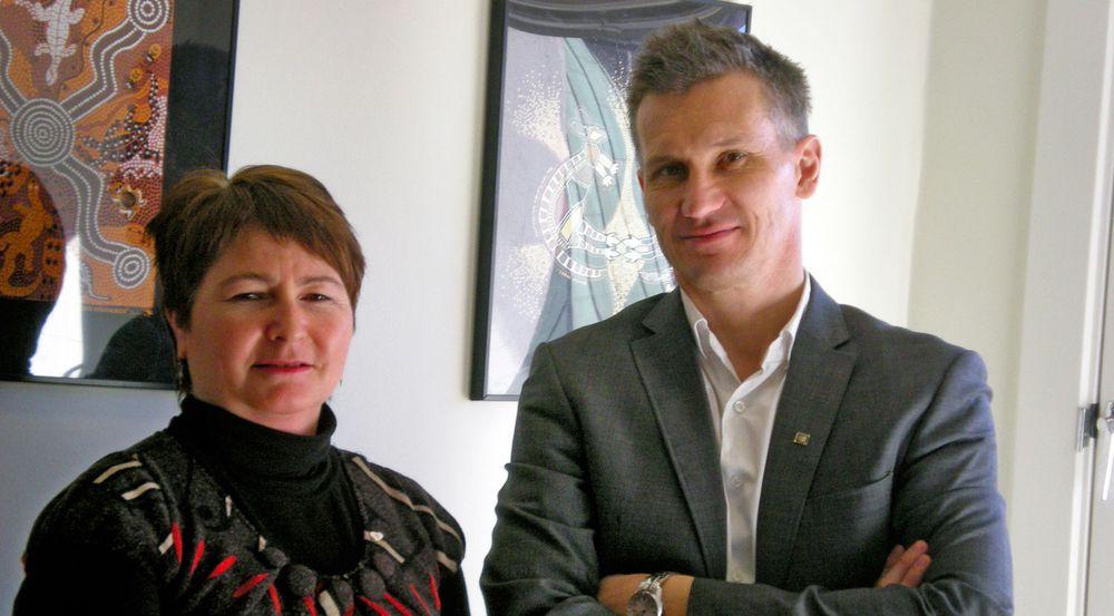 Kari-Ann Baarlid, seksjonsleder demens i Nasjonalforeningen for folkehelsen, og Bjørn Erik Thon, leder for Datatilsynet, kan begge vise til mange års kamp for å tillate GPS-sporing av personer med demens. – Det er regelverket til Helse- og omsorgsdepartementet som må endres. Det er ikke Datatilsynet som sier nei, understreker de.