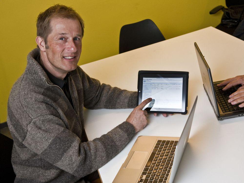 Syscom-sjef Pål Nome bruker gjerne iPad til å kjøre presentasjoner og demonstrasjoner, og til å arbeide med webbaserte bedriftsapplikasjoner.