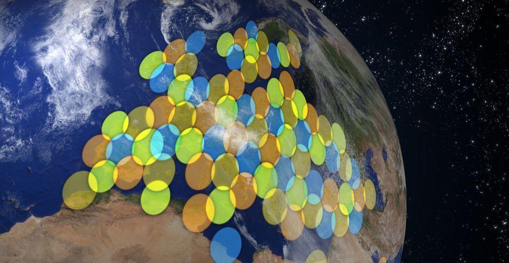 Dekningen til de 82 punktstrålene til KA-SAT-satellitten.
