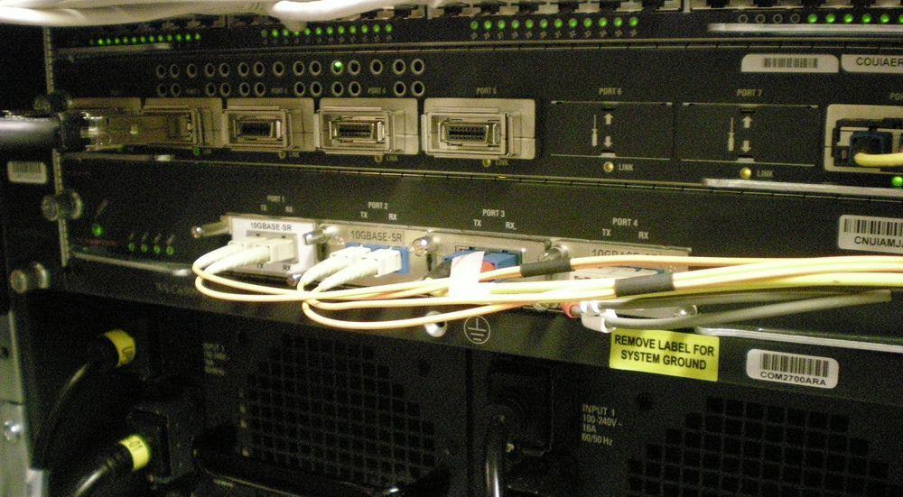 USIT har direkte fysisk forbindelse til CERN, som vil være en viktig leverandør av data til det nye lagringssystemet.