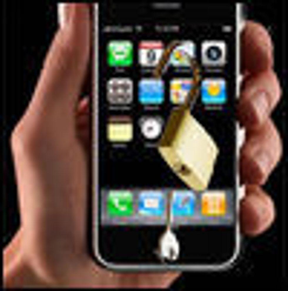 Apple låser opp iPhone om en uke
