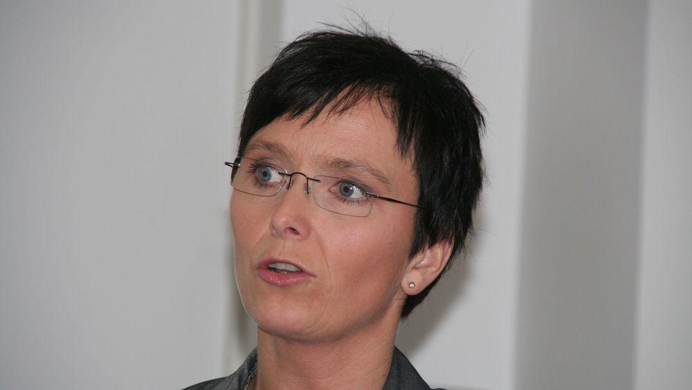 IT-ministeren mener elektronisk handel vil sikre tryggere innkjøp med sporbarhet og dokumentasjon.