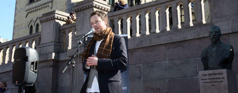 Torbjørn Røe Isaksen var en av de fem Høyre-representantene som stemt mot DLD i Stortinget. Det var imidlertid ikke nok til å stoppe det.