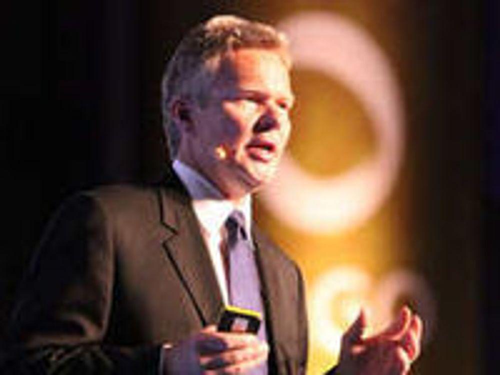 Konsernsjef Terje Mjøs lover å sette norsk IT-næring på verdenskartet.