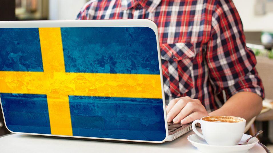 Svenskene har langt billigere bredbånd enn nordmenn. I Stockhom har kommunen valgt å bygge sitt eget fibernett.