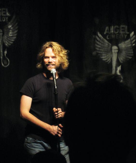 Barry Ferns er en av standup-erne du kan oppleve gratis på Angel Comedy.