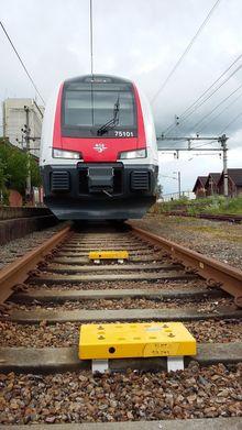 Baliser: i sporet vil det bli montert såkalte baliser. De vil fungere som en slags milesteiner som kan fortelle toget akkurat hvor det befinner seg.