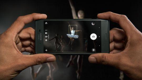 Sony Xperia X Performance er utstyrt med en ny type autofokus som automatisk forutser bevegelige motiver vil være.