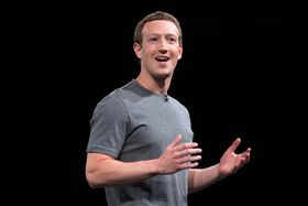 Mark Zuckerberg har store planer for Facebooks VR-satsing.