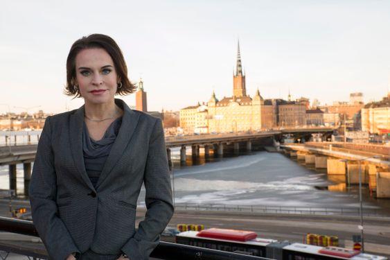 Maria Strømme er så vant med å være eneste kvinne i et mannsdominert miljø, at hun aldri tenker på det. Men at andre gjør det kan hun utnytte til noe positivt, mener hun.