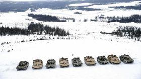 Stridsvogntreff: Amerikanske M1A1 og norske Leopard 2A4.