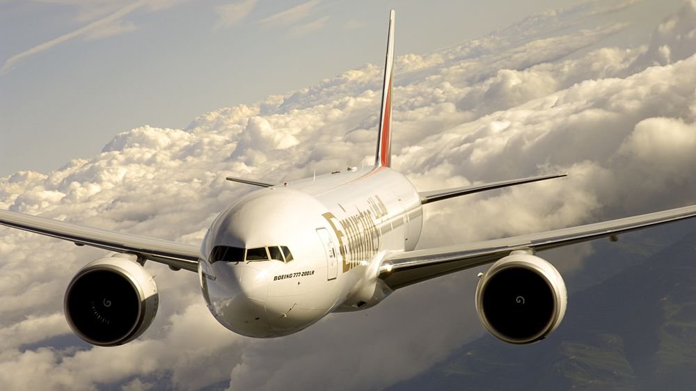Boeing 777-200LR fra Emirates.