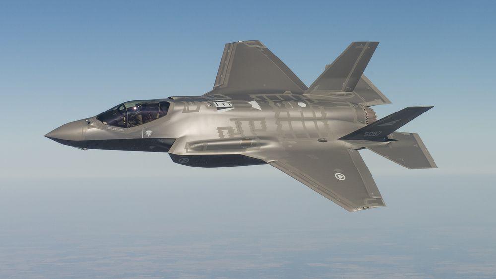 Testtur med det første norske F-35-flyet.