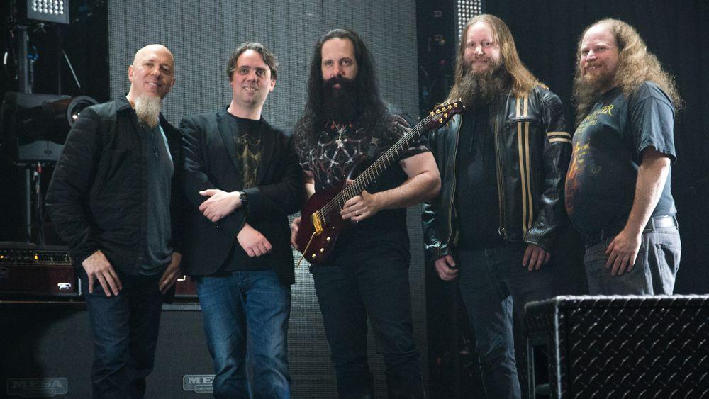 Fra venstre: Jordan Rudess, Fredrik Sundt Breien (Turbo Tape), John Petrucci, Børge Femsteinevik (Turbo Tape), Jory Prum (Lyddesigner).