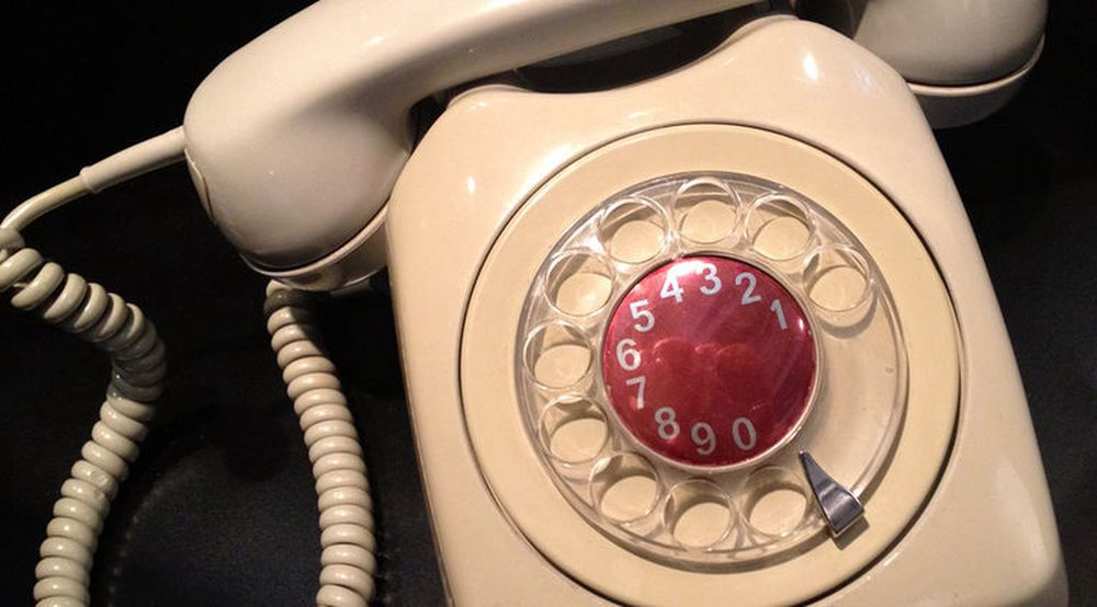 Fasttelefon-nettet forsvinner innen 2017. Telenor får kritikk for ikke å ha forberedt Norge godt nok på denne overgangen.
