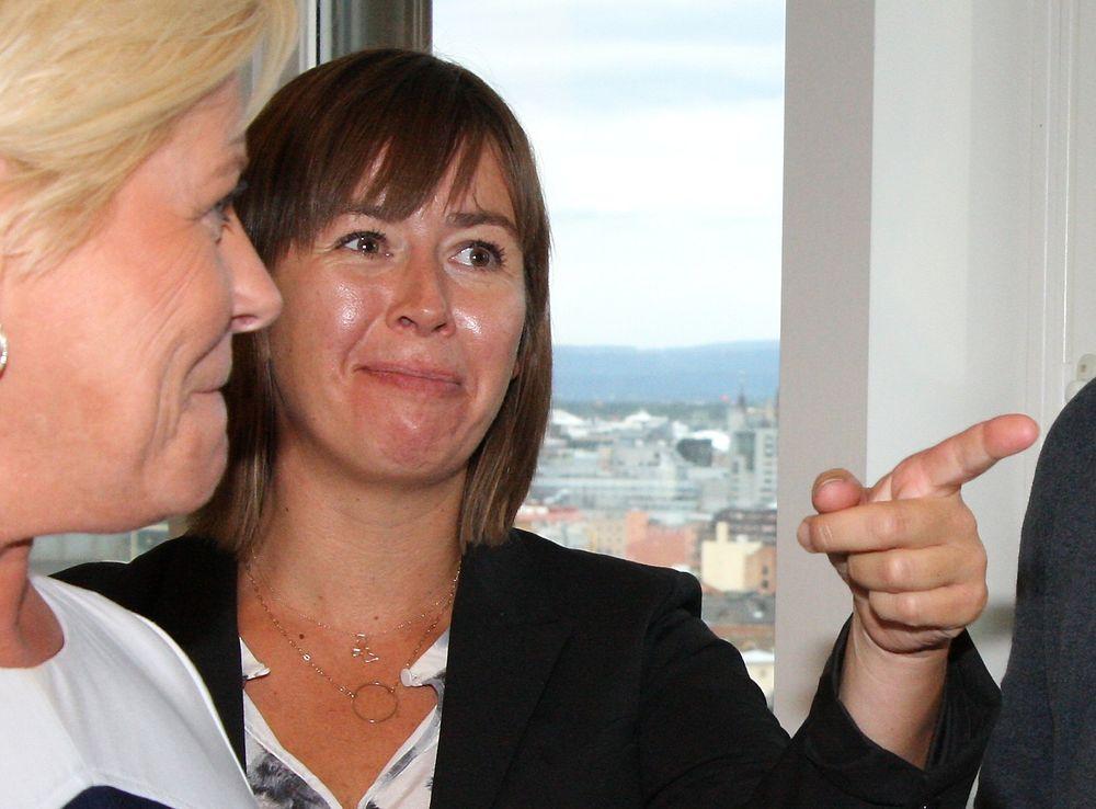 266ba19d IKT-Norge-sjef Heidi Austlid under et møte med finansminister Siv Jensen i  september. (Bilde: Espen Zachariassen)