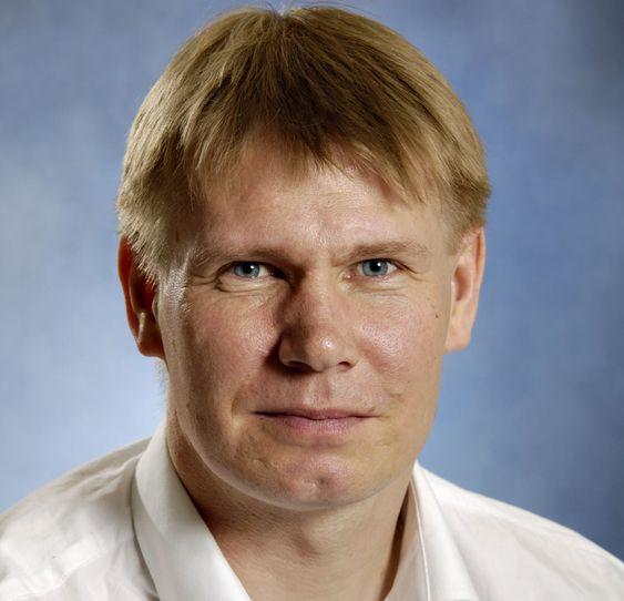 Kommunaldirektør Ole Jacobsen ble rasende etter at Microsoft presenterte et krav på over 8 millioner kroner. Han fikk redusert fakturaen, men er fremdeles ikke fornøyd.