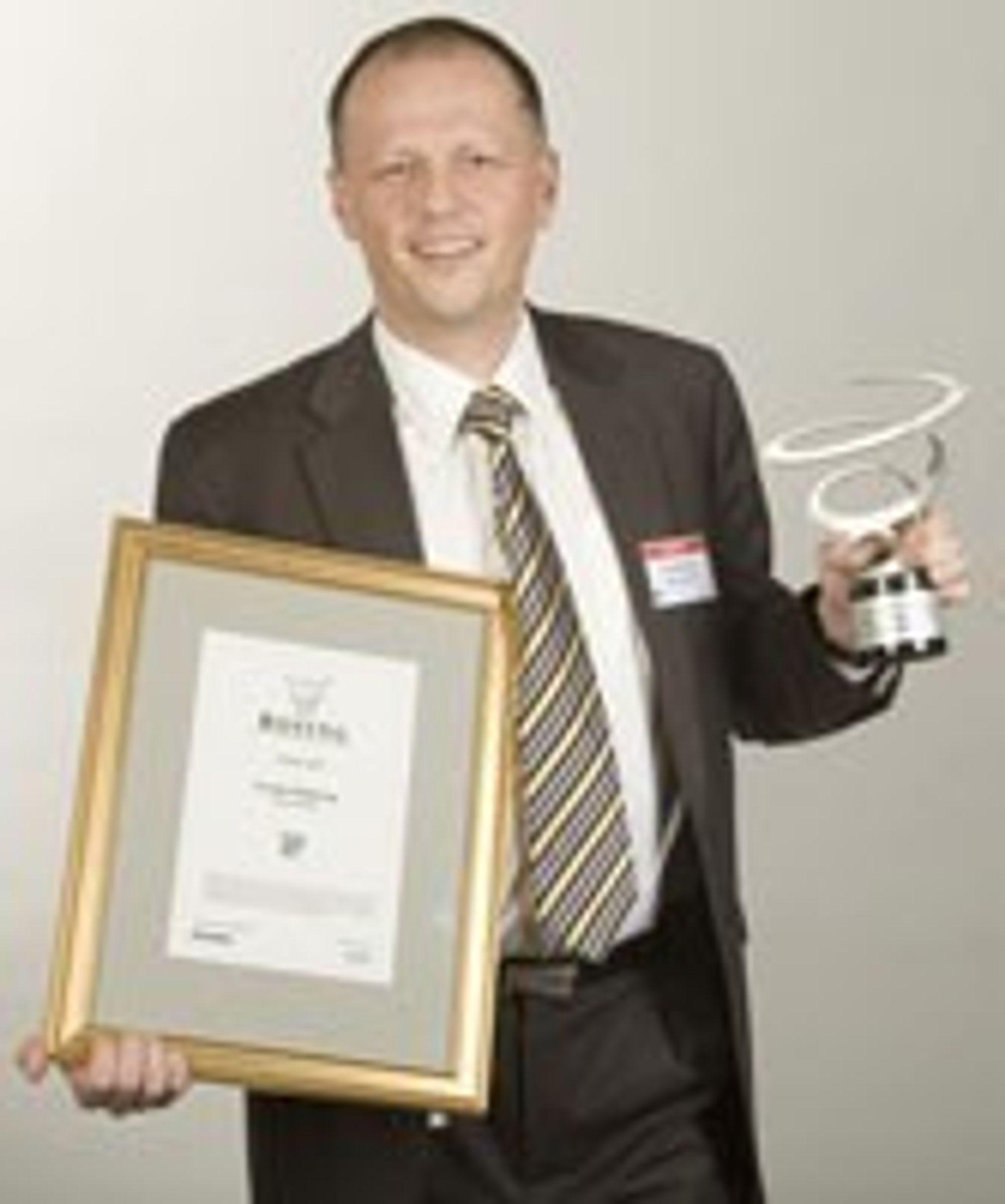 Frank Møllerop er en erfaren IT-leder. Her fra tildeling av Rosing-prisen som årets IT-leder i 2007.