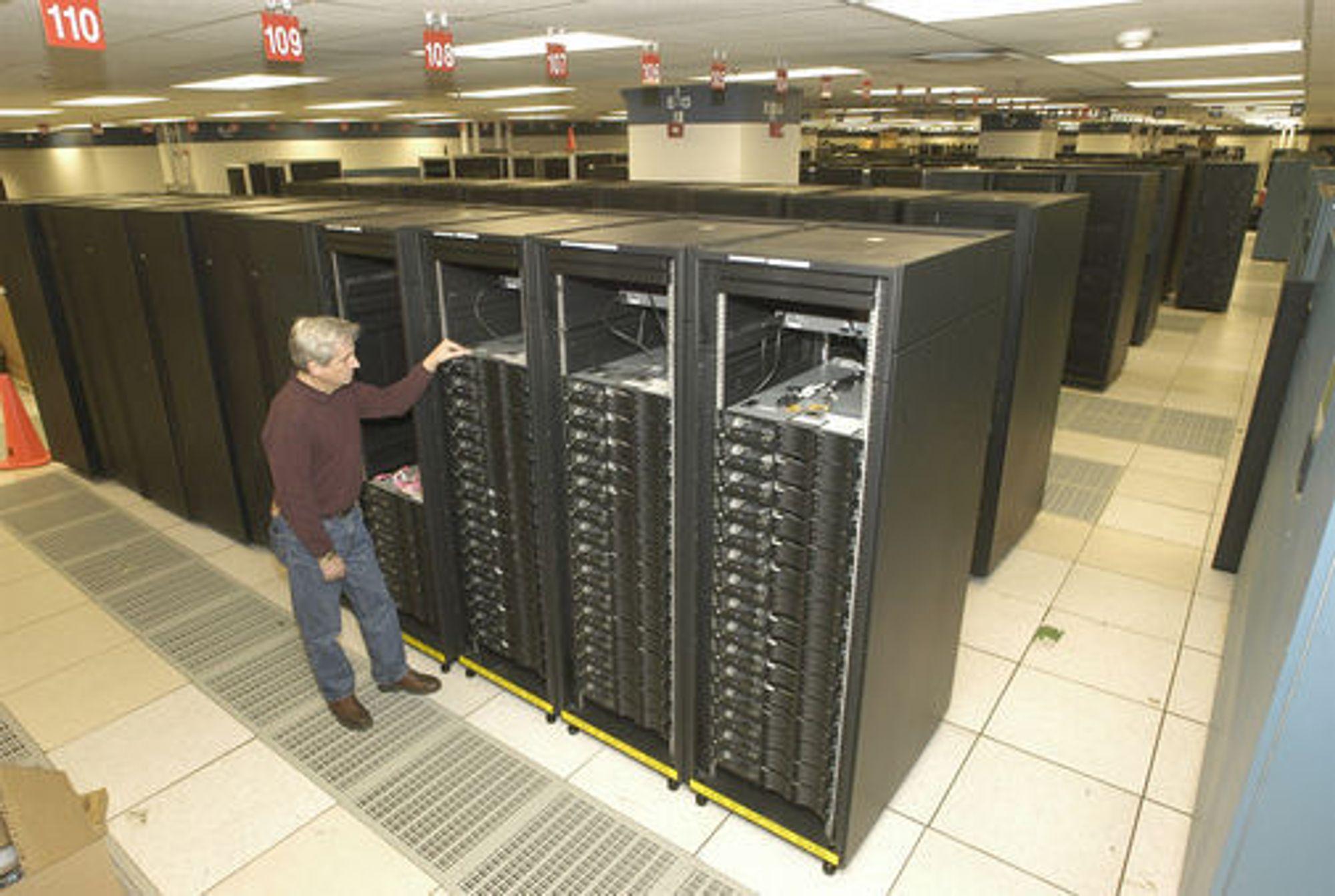 IBM Roadrunner under testing. Foto: IBM/Feature Photo Service