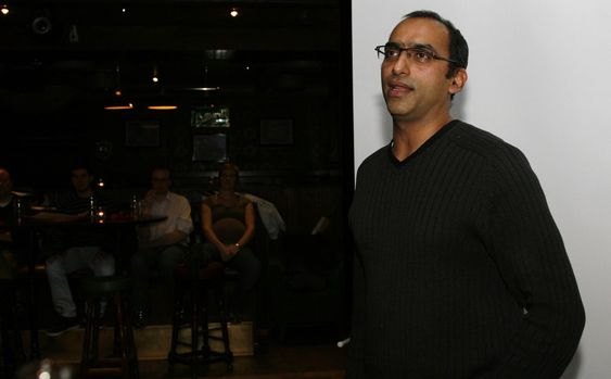 - Ja, kundene ønsker å eie sine egne data, men å eie dataene er ikke det samme som å eie databasen, sa Shahzhad Rana fra Questpoint.