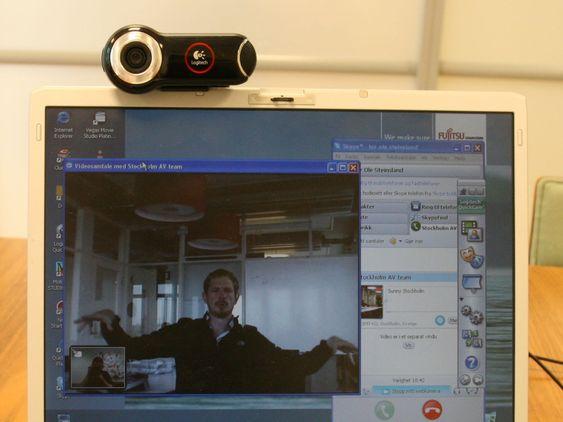 Videokonferanse med det Skype kaller «High Quality Video» krever kamera som er sertifisert. Det leveres bare av Logitech, som har tre ulike modeller på markedet til veiledende priser fra 899 kroner.