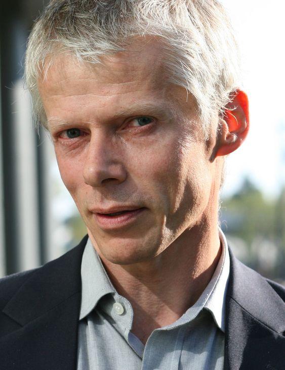 Difi-direktør Hans Christian Holte innbyr til dialogmøte med leverandører for å få flere til å tilby webfaktura i tråd med statens krav.