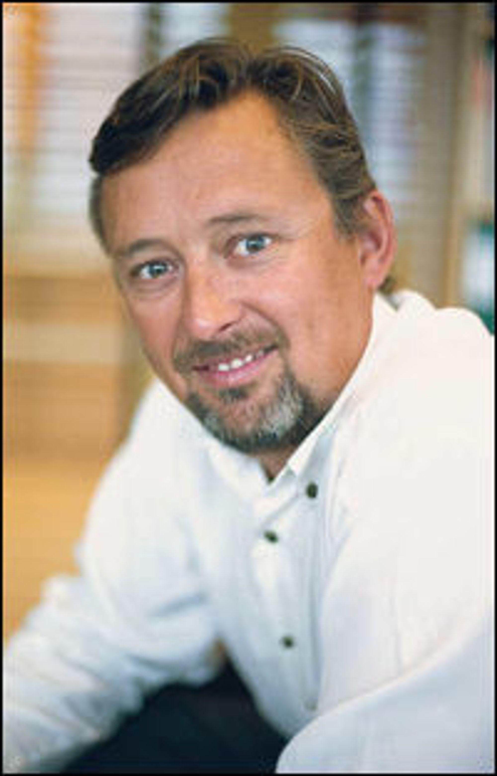 Ateas sjef i Norge, Steinar Sønsteby, kjøper AV-spesialist.